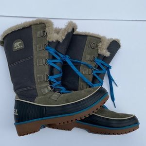 SOREL Tivoli High II Boots Size 7.5